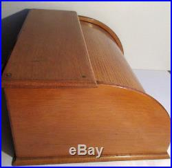 Classeur à courrier 1930 à volet roulant, bois, 5 compartiments, boite à timbres